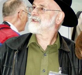 Terry_Pratchett_2005